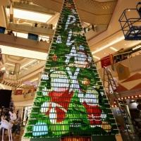 שיאומי בשיא גינס שלישי עם עץ חג מולד העשוי מלא פחות מאשר 1005 מכשירי פליי החדשים